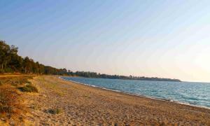 Anixi_Preveza_Mutikas_Monolithi_Beach